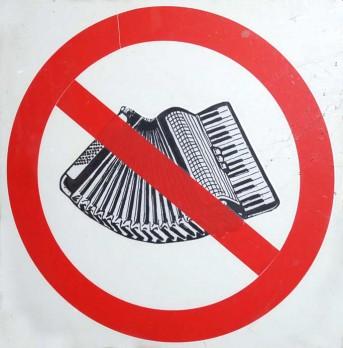 no-accordion-75